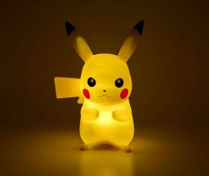 Muñeco lámpara de Pikachu Pokémon
