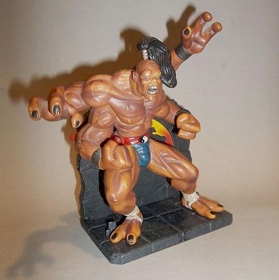 Muñeco de Goro de la colección Mortal Kombat de Palisades