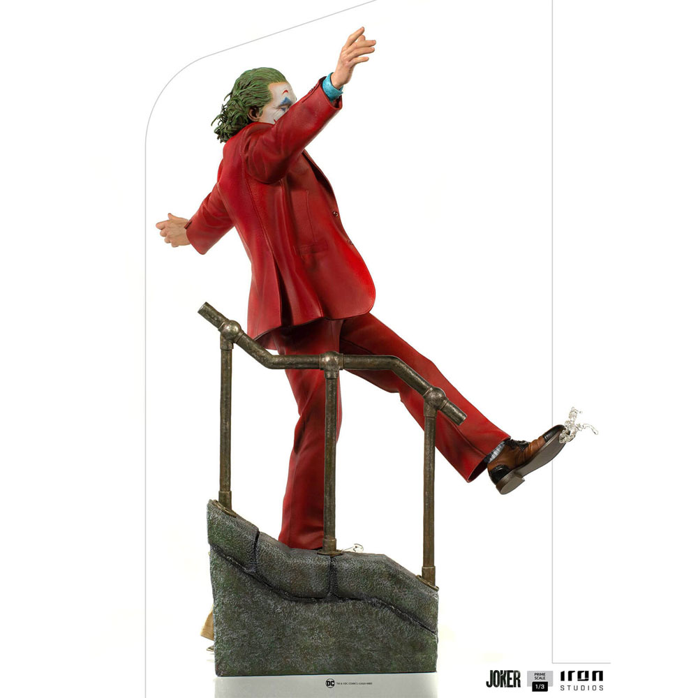Figura del Joker Iron Studios 4
