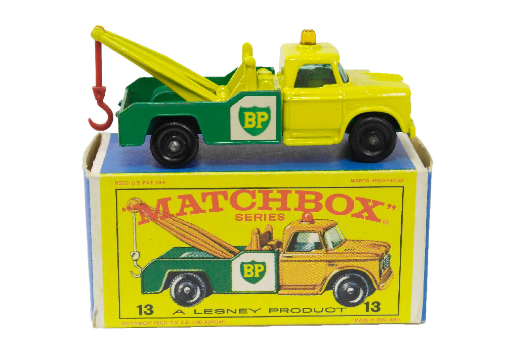 Matchbox Dodge Wrecker 13d con luz amarilla