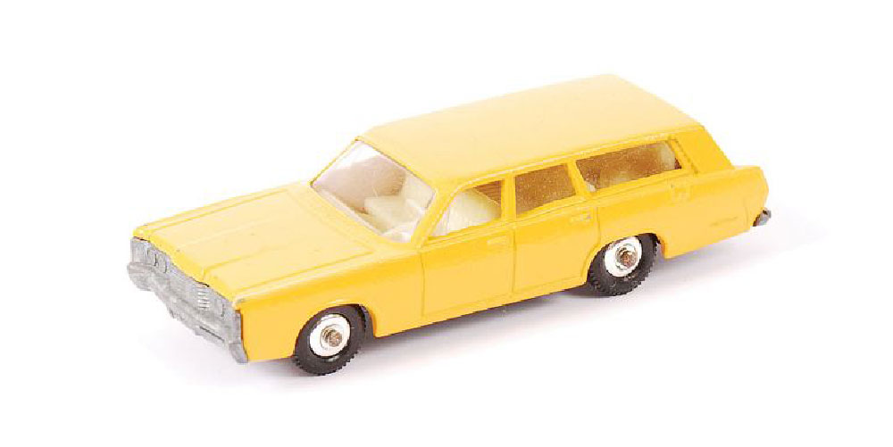 Matchbox Mercury Commuter Station Wagon 73c amarillo