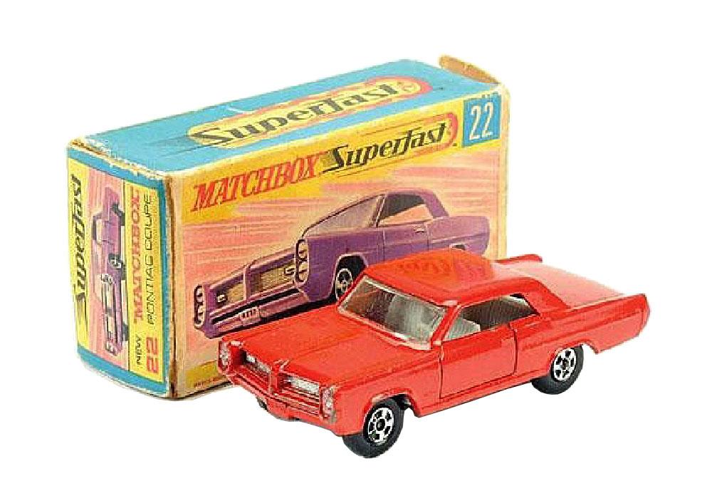 Matchbox Pontiac Coupé 22c rojo