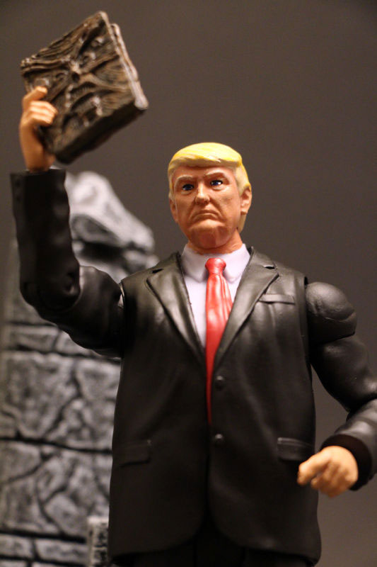 Muñeco de Donald Trump 2