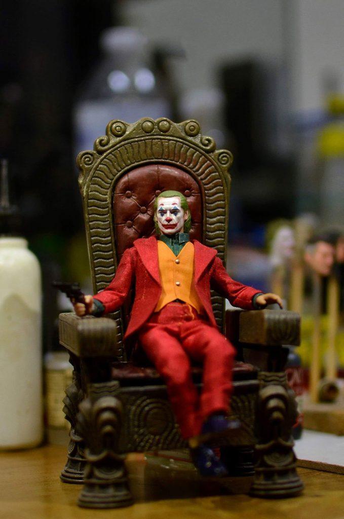Muñeco Joker Mezco Joaquin Phoenix