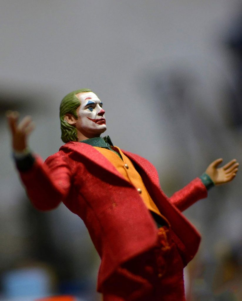 Muñeco Joker Joaquin Phoenix Oldboy CTTS