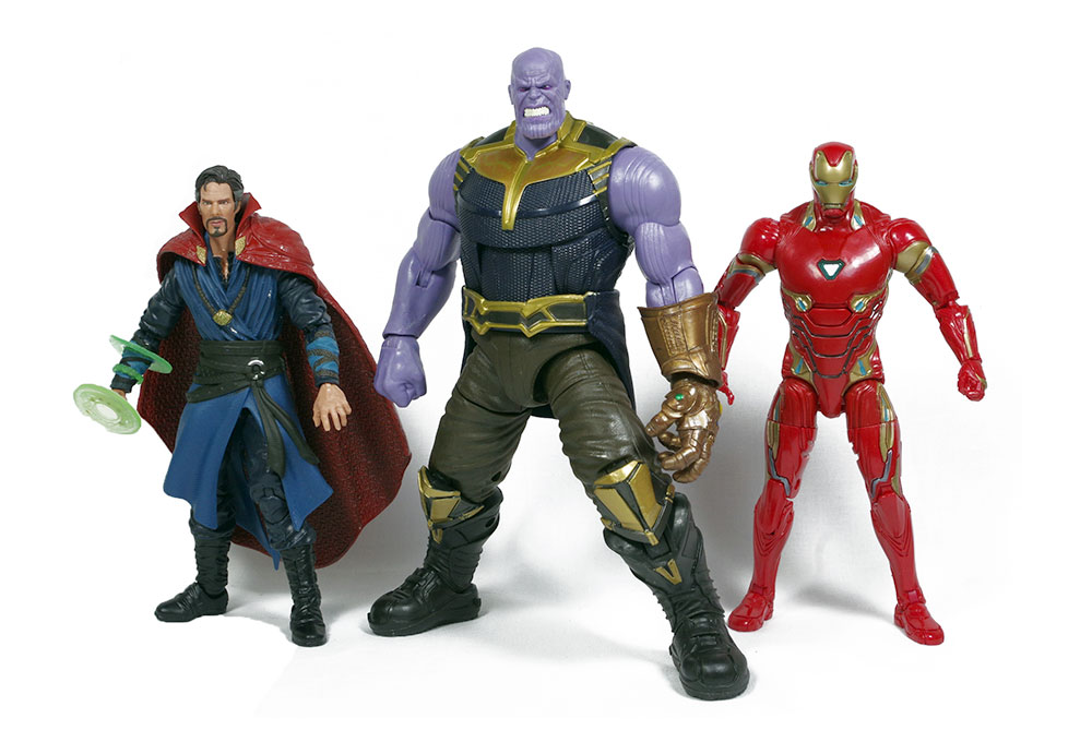 Muñeco de Thanos de Marvel Legends