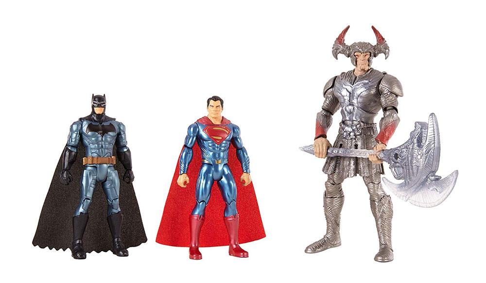 Muñecos de Batman, Superman y Steppenwolf